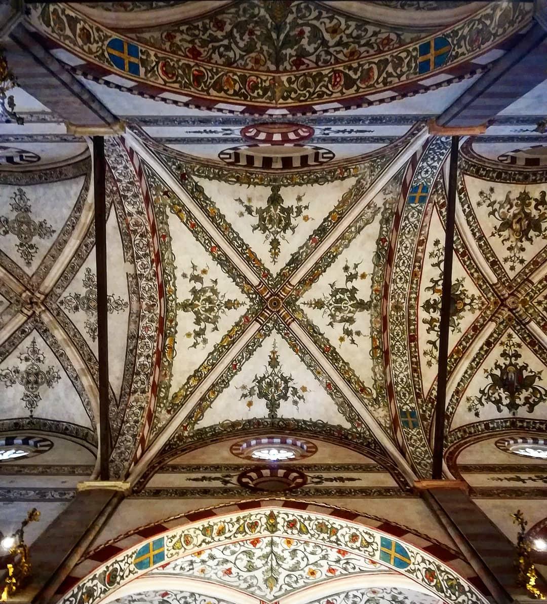 Interno Chiesa di Santa Anastasia gita a Verona GetCOO