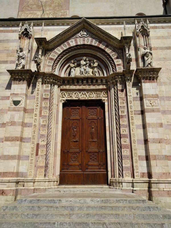Cattedrale san Lorenzo Grosseto Portale GetCOO travel