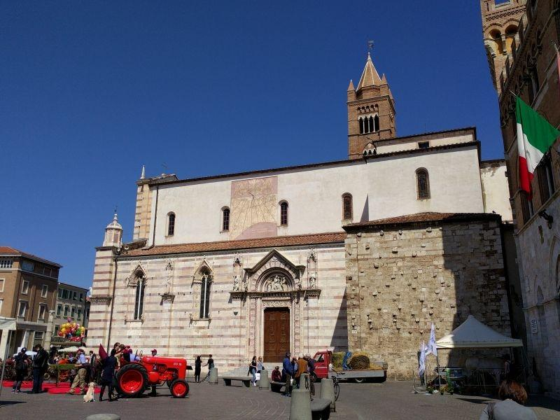 cattedrale san lorenzo grosseto getcoo travel