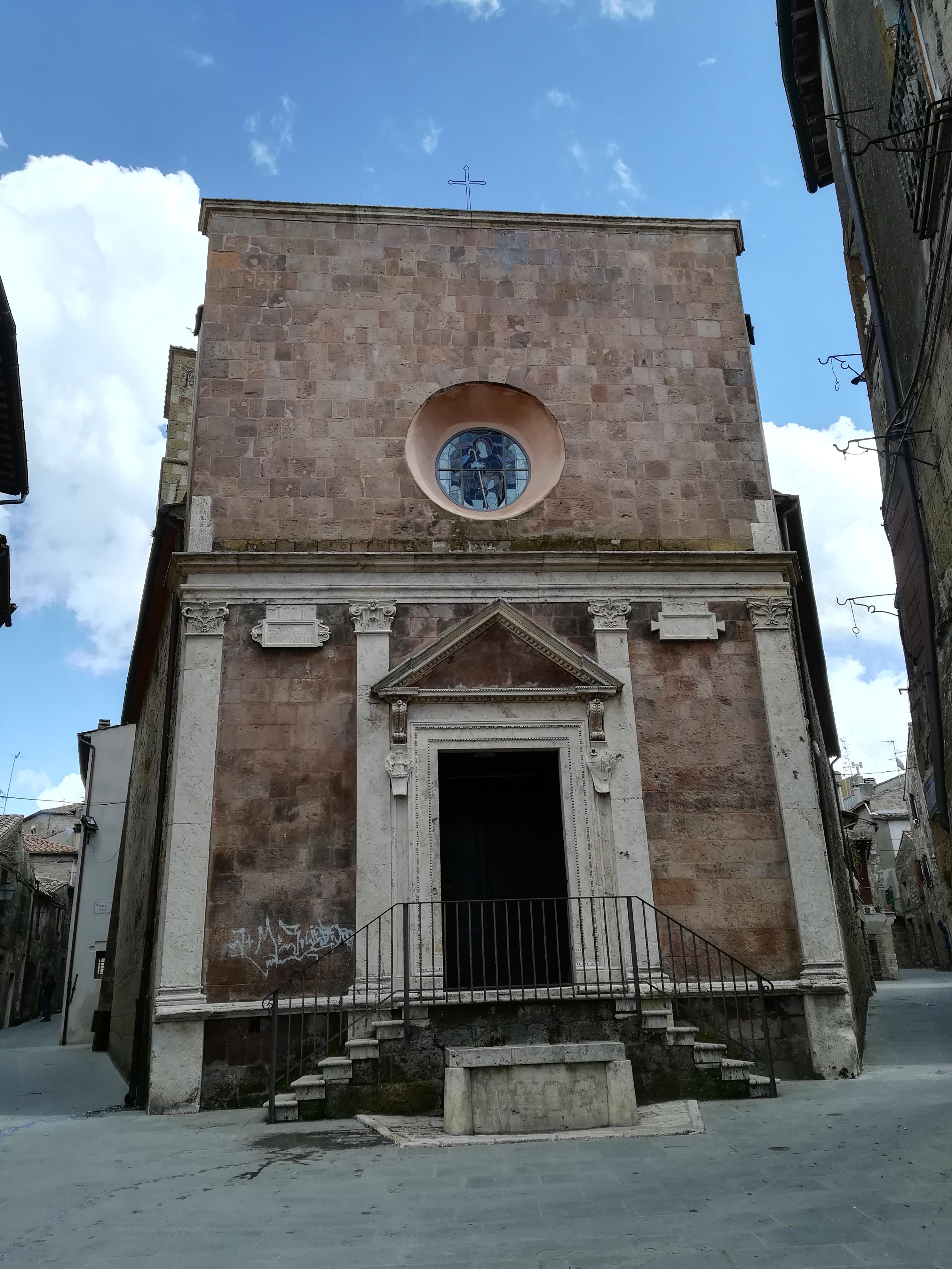 Chiesa di Santa Maria e San Rocco cosa vedere a Pitigliano GetCOO Travel