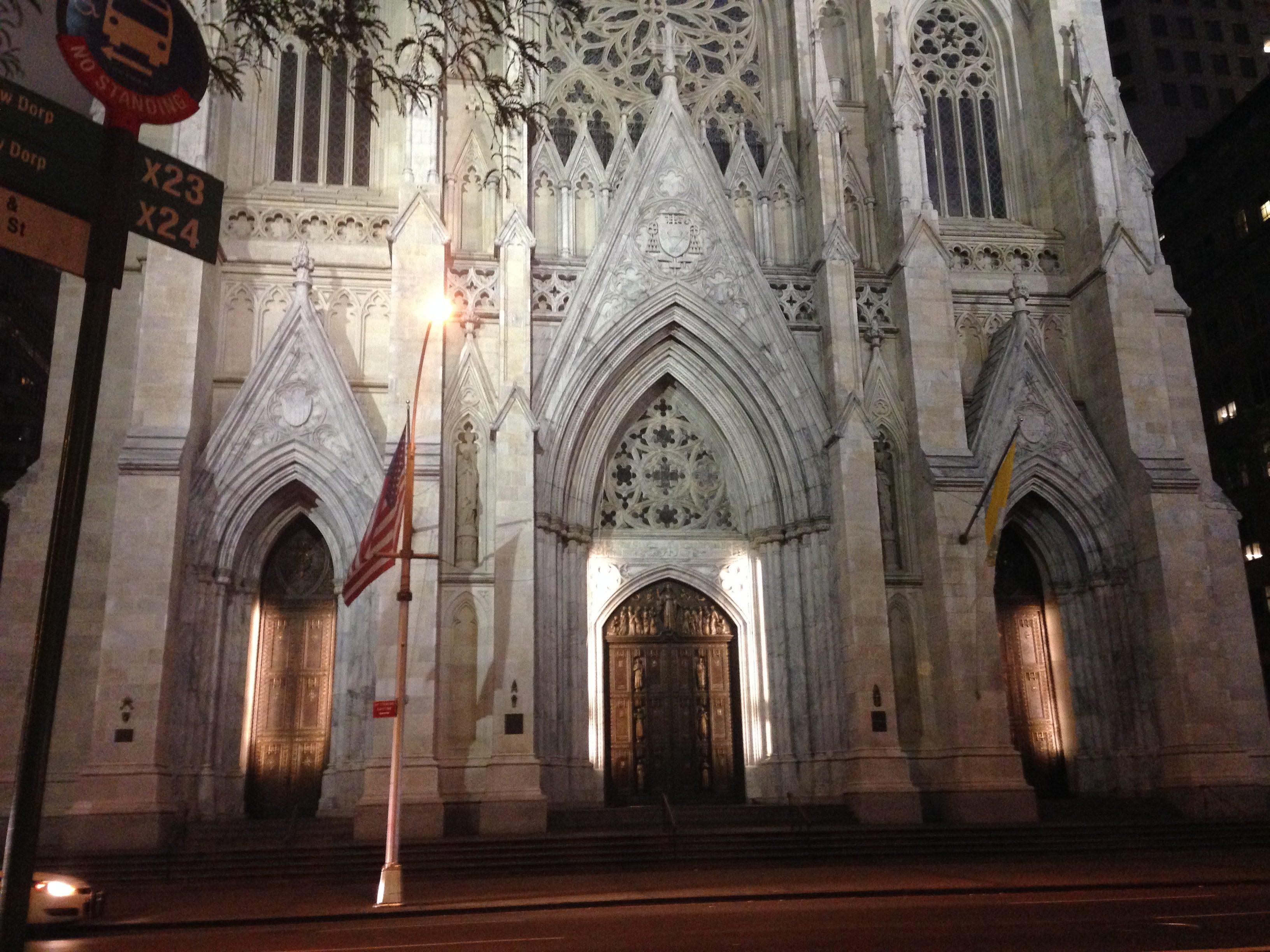 Facciata Cattedrale di San Patrizio a New York GetCOO Travel