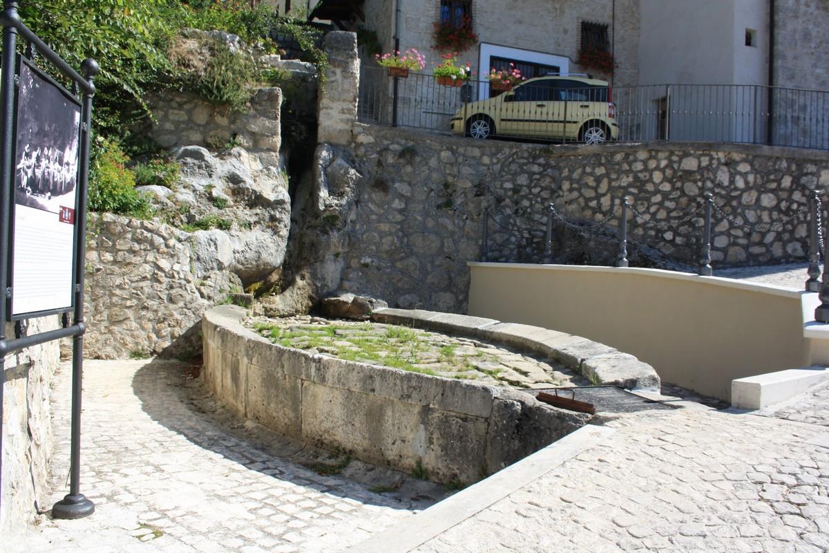 Antico lavatoio cosa vedere a Pacentro GetCOO Travel