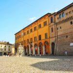 Piazza del Popolo a Cesena GetCOO travel blog cosa vedere a cesena in un giorno
