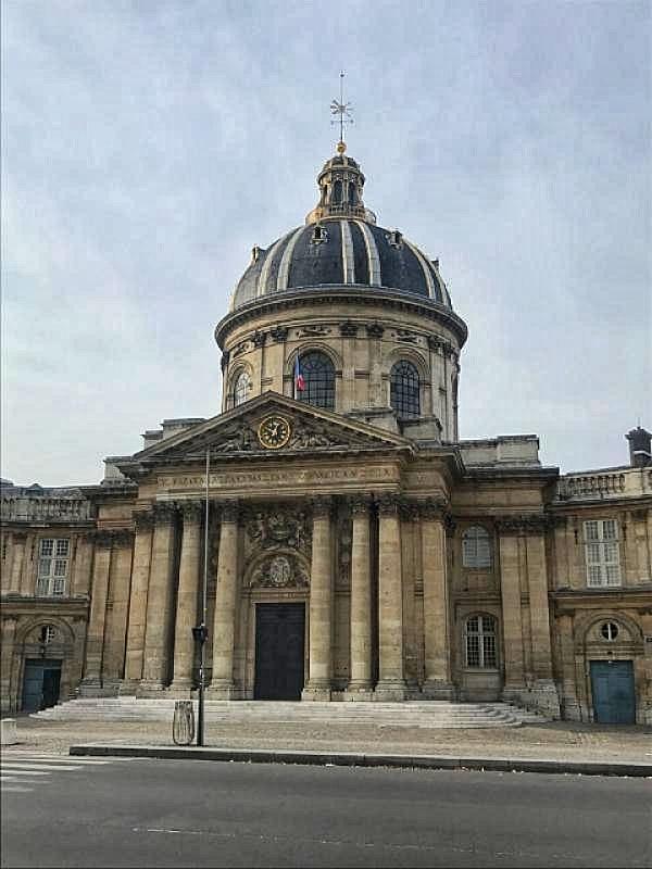 Istituto di francia parigi