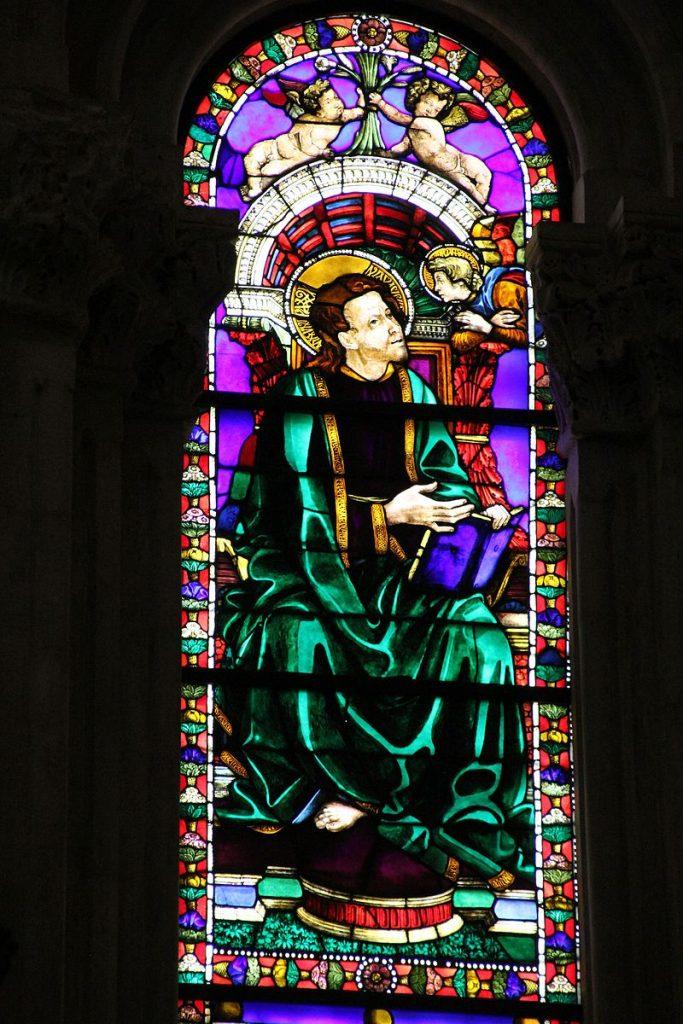 cattedrale san martino lucca vetrate