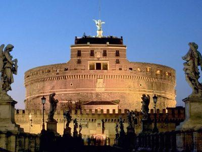 CASTEL SANT'ANGELO A ROMA: CIRCA 2000 ANNI DI STORIA E CURIOSITÀ